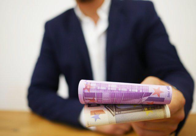 Fondi per commercianti in difficoltà